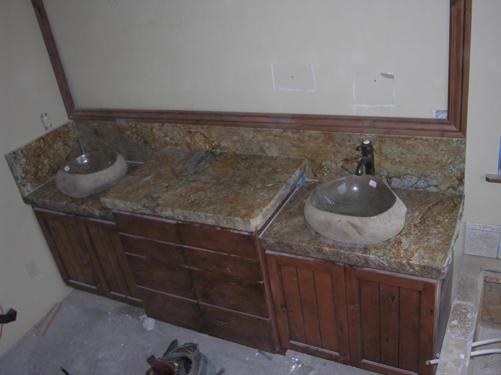 Bathroom vanity and custom basin sink for Custom marble bathroom vanity tops